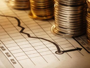 البنك الأهلي المصري وبنك مصر يخفضان سعر الفائدة